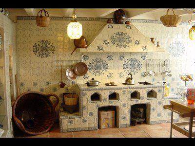 آشپزخانه با تم سنتی